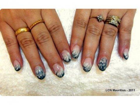 nailart-marble